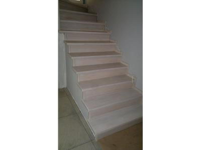 schody 32