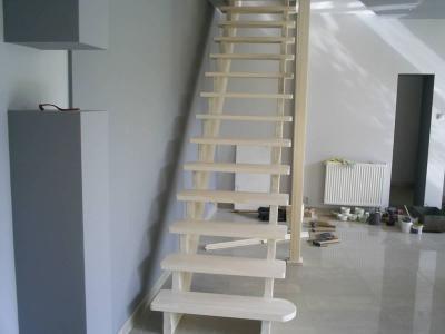 schody 28